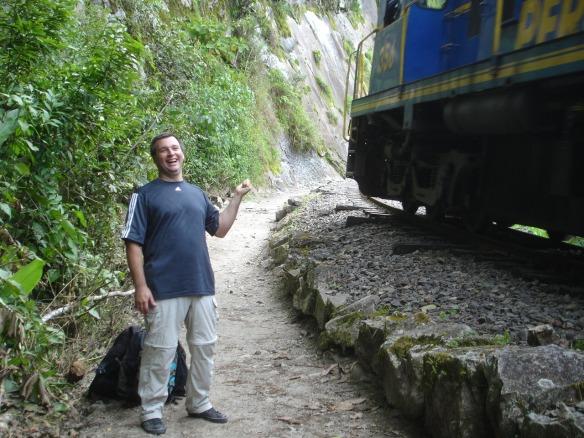 14e-de Hidroelectrica caminando a Aguas Calientes (25)