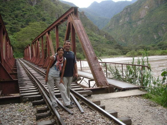 14e-de Hidroelectrica caminando a Aguas Calientes (6)