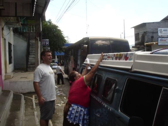 20a-Entrada frontera Salvador (6)
