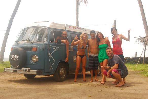 20b-El Tunco con los chicos y surf (65)